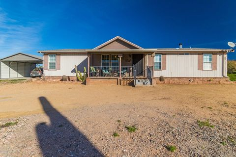 Photo of 45313 N 20th St, New River, AZ 85087