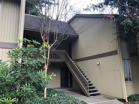 505 Cypress Point Dr Unit 143, Mountain View, CA 94043