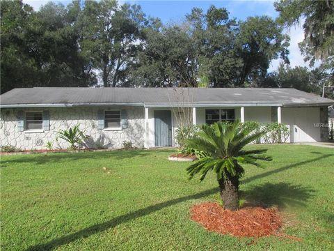 Photo of 4812 Lynn Oaks Cir, Dover, FL 33527