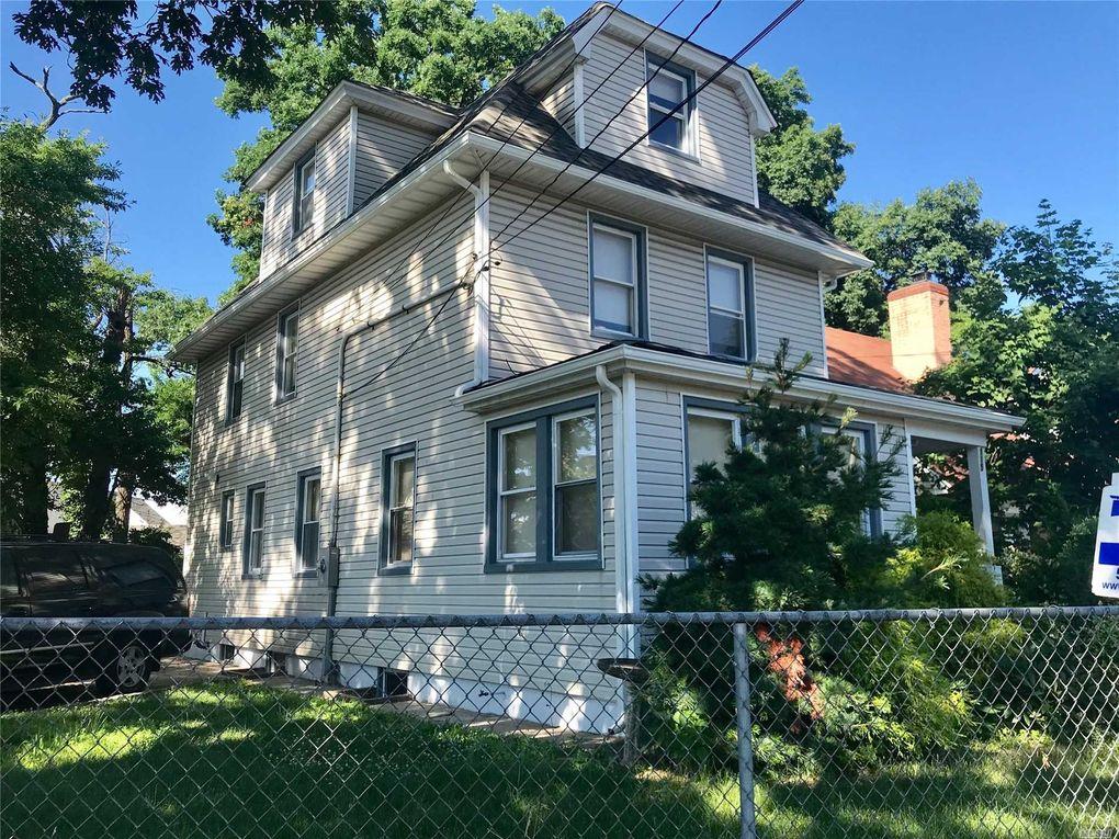 115 W Marshall St Hempstead NY 11550