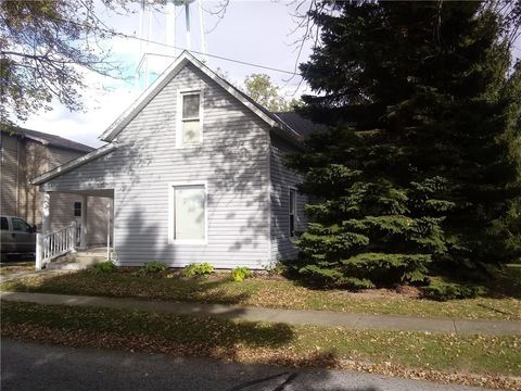 149 S Dean St, West Mansfield, OH 43358