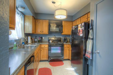 Photo of 8809 Comanche Rd Ne, Albuquerque, NM 87111