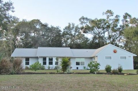 Photo of 19757 Sw 88 Place Rd, Dunnellon, FL 34432