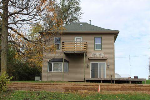 102 Maple St, Garrison, IA 52229