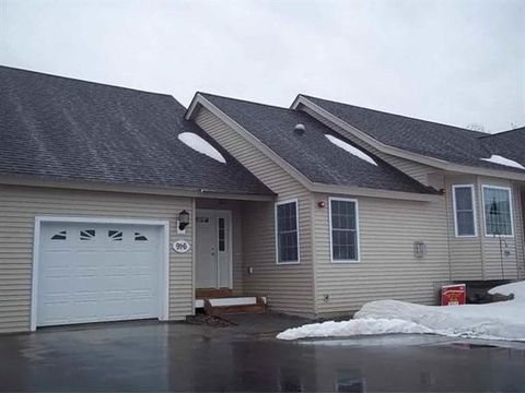 Photo of 91 Hall Rd Unit 6, Fremont, NH 03044