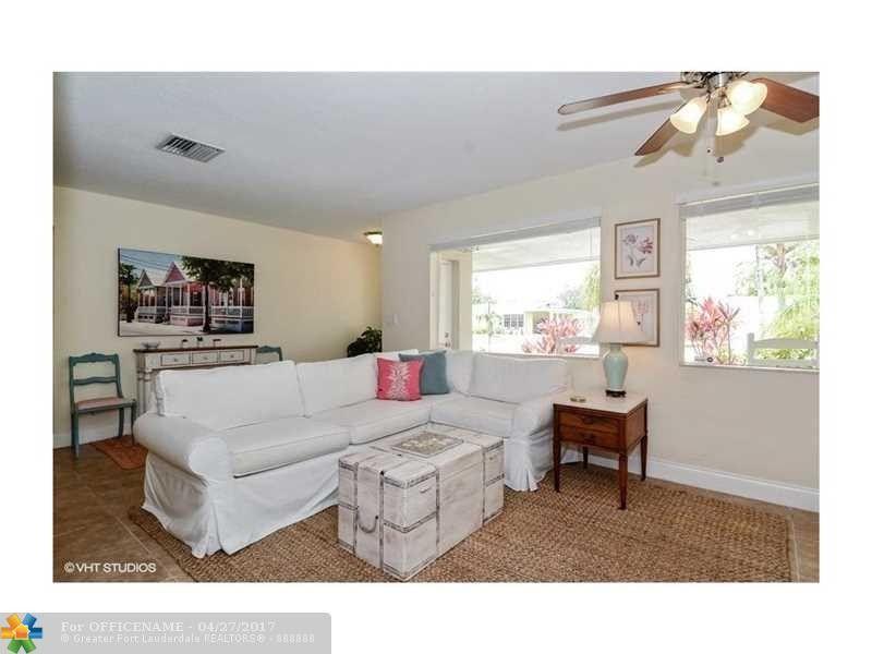 2101 N 31st Rd, Hollywood, FL 33021