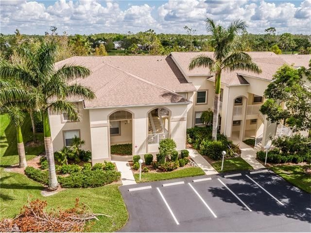21341 Lancaster Run Unit 421, Estero, FL 33928