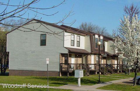 Photo of 600 E Campus Dr Apt 8 B, Carbondale, IL 62901