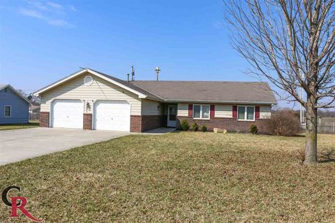 Photo of 121 N Noble St, Riley, KS 66531
