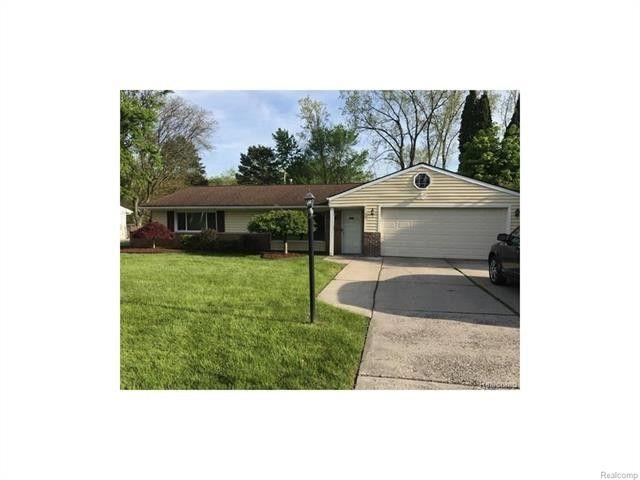 2519 Littletell Ave, West Bloomfield Township, MI 48324