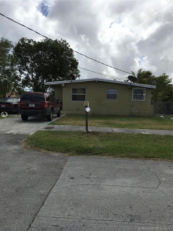 11470 Sw 215th St, Miami, FL 33189