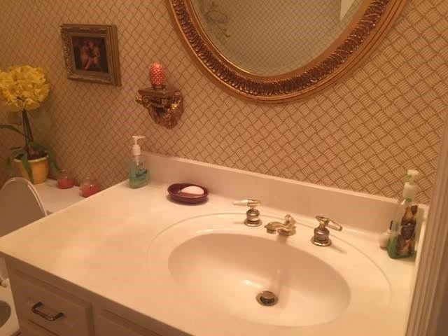 Bathroom Sinks Jackson Ms 1945 petit bois st n, jackson, ms 39211 - realtor®