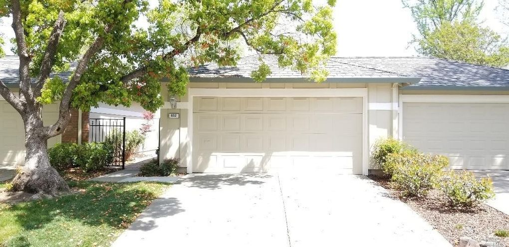 652 St Ives Ct Walnut Creek Ca 94598