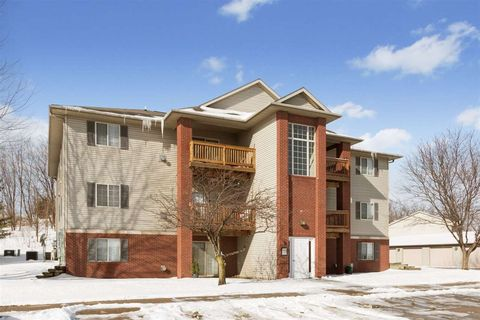 Photo of 2268 Holiday Rd Apt 404, Coralville, IA 52241