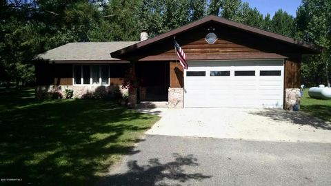 55203 State Highway 11 Hwy, Warroad, MN 56751