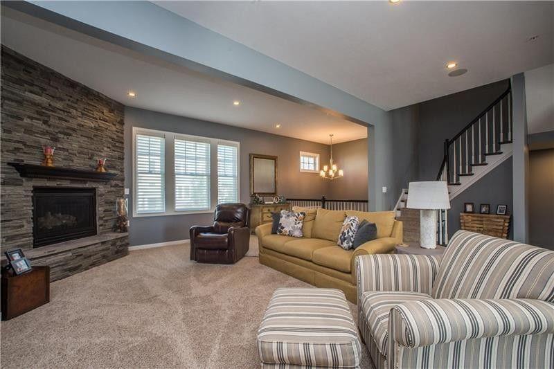1315 Village Ln, South Fayette, PA 15017