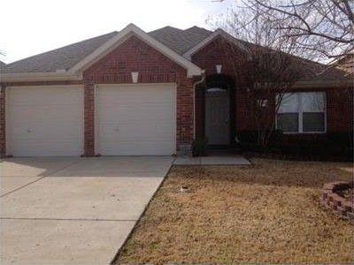 8802 Nairn St, Rowlett, TX 75089