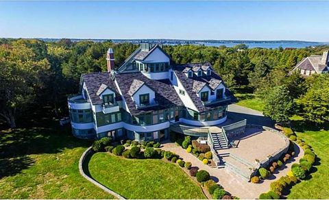 Jamestown ri 5 bedroom homes for sale realtor 589 beavertail rd jamestown ri 02835 sciox Image collections