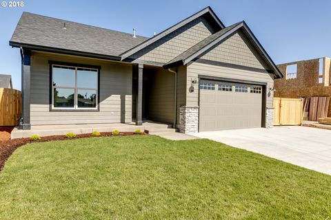 994 Unity Dr, Junction City, OR 97448
