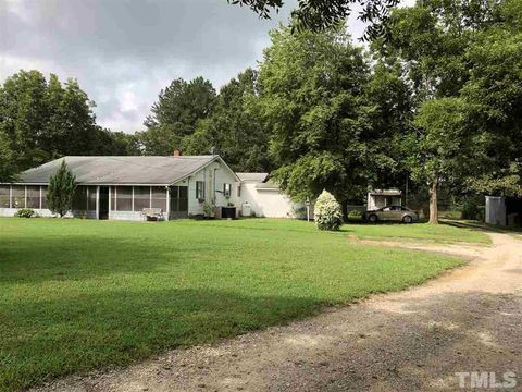 Photo of 139 Paynter Plains Rd, Norlina, NC 27563