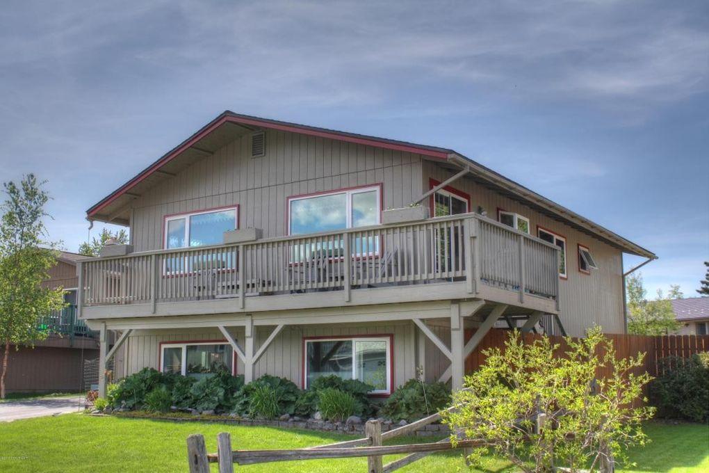 3410 Evergreen St, Anchorage, AK 99504