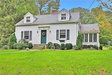 367 New Canaan Rd, Wilton, CT 06897