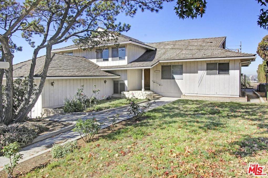 4759 Round Top Dr Los Angeles, CA 90065