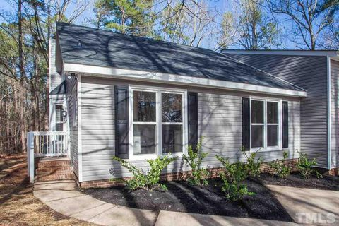 Photo of 3408 Whitford Ct, Raleigh, NC 27606