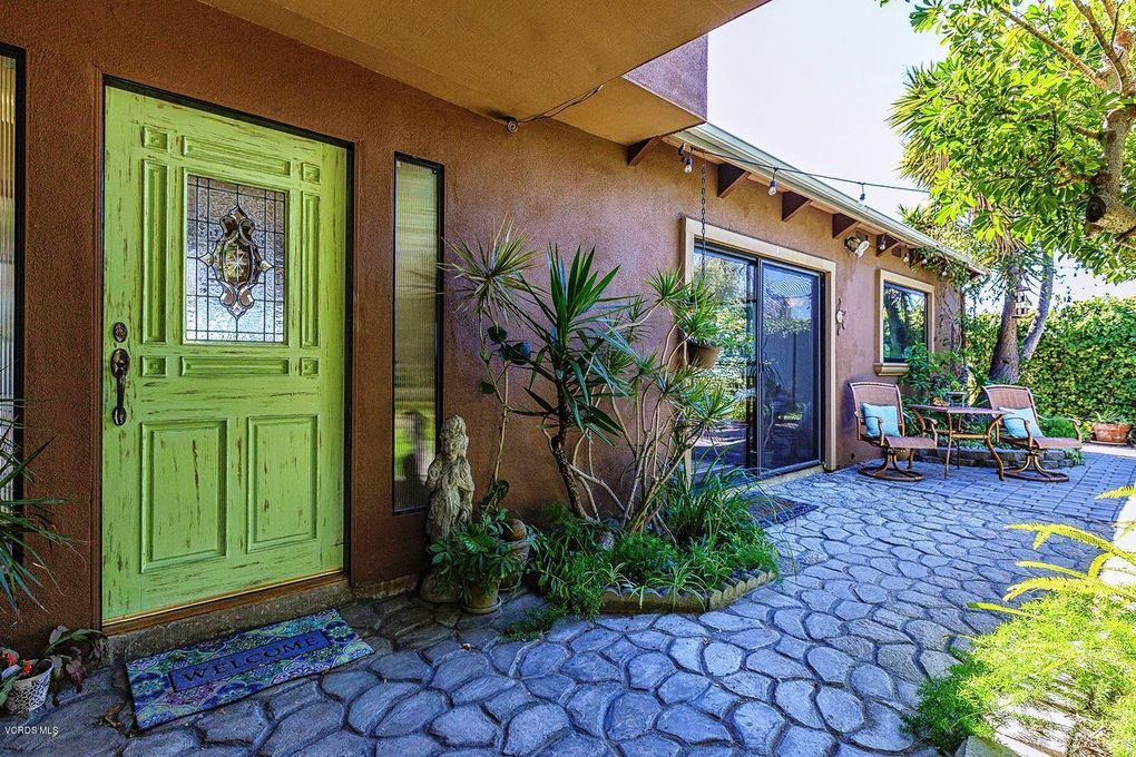 3198 Grove St, Ventura, CA 93003