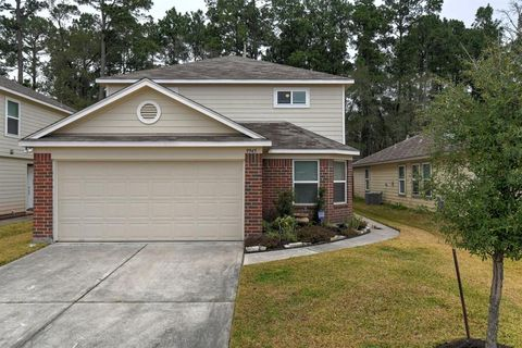 Photo of 9945 Kingfisher Dr, Conroe, TX 77385