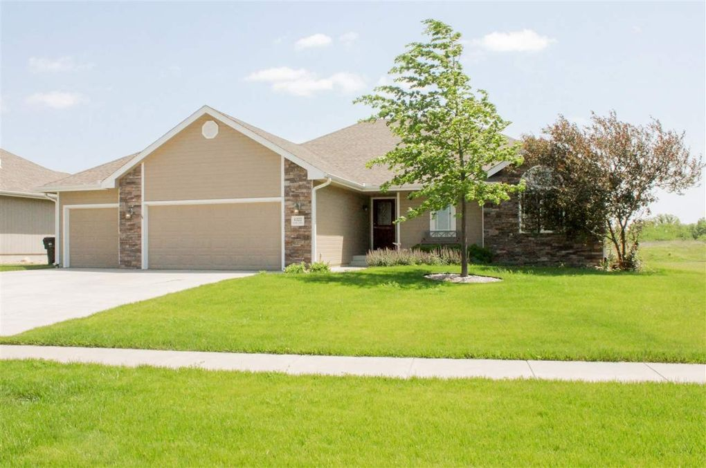 4322 Sw Misty Harbor Dr, Topeka, KS 66610