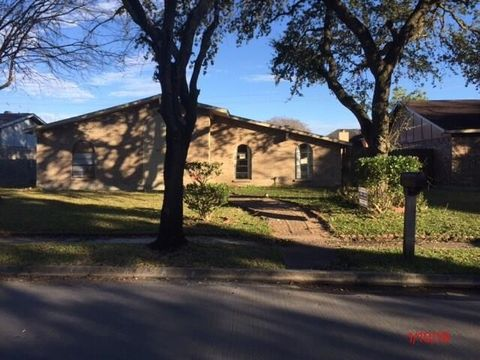 Photo of 14211 Lourdes Dr, Houston, TX 77049