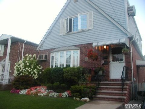 Photo of 150-32 20th Rd, Whitestone, NY 11357