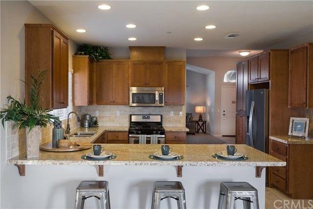 1582 Oak Knoll Rd, San Jacinto, CA 92583