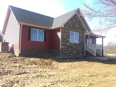 Photo of 336 Clyde Wix Rd, Westmoreland, TN 37186
