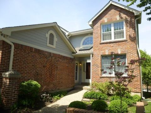 14029 Woods Mill Cove Dr, Chesterfield, MO 63017