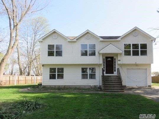 42 a glenmore ave brentwood ny 11717