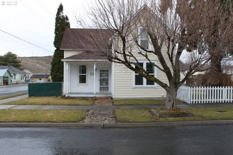 1038 Walnut St, Baker City, OR 97814