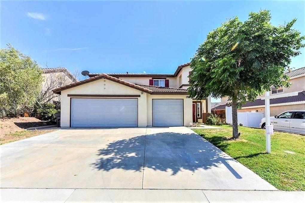 27897 Via De La Real Moreno Valley, CA 92555