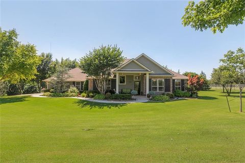 Peachy Oklahoma City Ok Houses For Sale With Swimming Pool Download Free Architecture Designs Embacsunscenecom