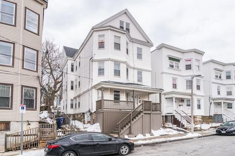 Photo of 10 Danube St, Boston, MA 02125