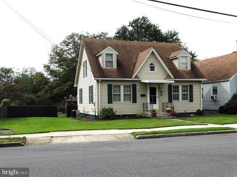 426 Cumberland Ave, Chambersburg, PA 17201