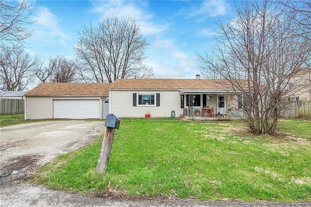 3968 Englewood Dr, Indianapolis, IN 46226