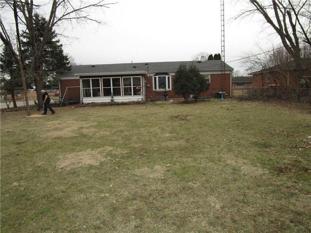85 Cricket Ln, Troy, OH 45373