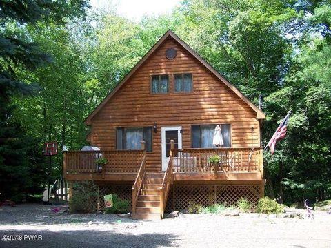 405 Lakewood Dr, Lake Ariel, PA 18436