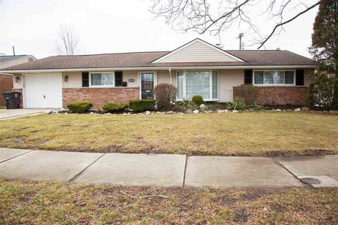 Photo of 18752 Valade St, Riverview, MI 48193