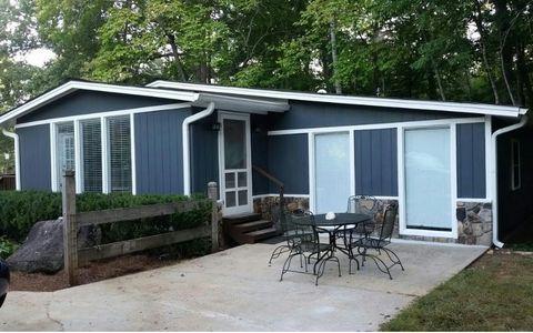 1550 Chatuge Shores Rd, Hiawassee, GA 30546