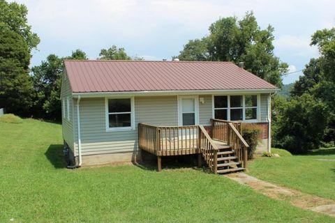 105 Reynolds Ave, Surgoinsville, TN 37873