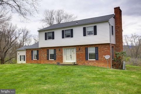 Photo of 16439 Purcellville Rd, Purcellville, VA 20132