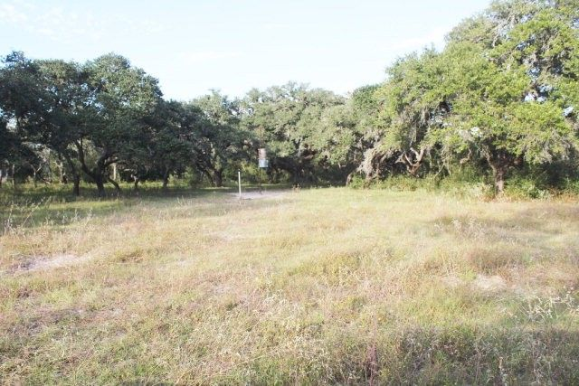 county 441 pvt rd 4010 yoakum tx 77995 land for sale